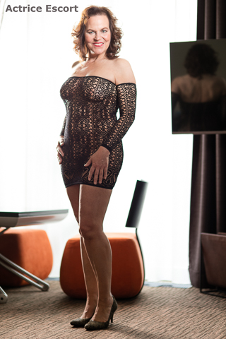 Bettina-reife-Frau-Escortservice-Duesseldorf