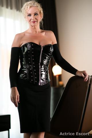 Claire-Escortservice-Luedenscheid