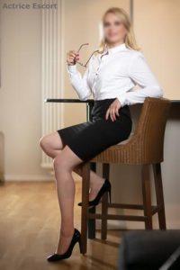 Claire Escortservice Berlin3 200x300 200x300 - Escort Damen